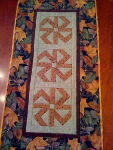 Bow Table Runner - 2006